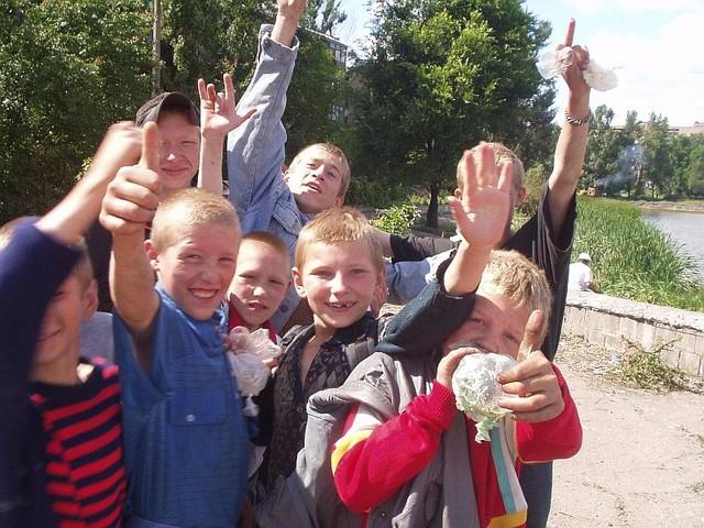 Как выживают дети бомжи донбасса фото