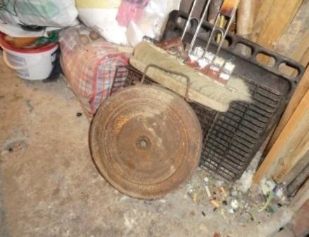 В Севастополе пенсионер принес домой противотанковую мину (фото), фото-1