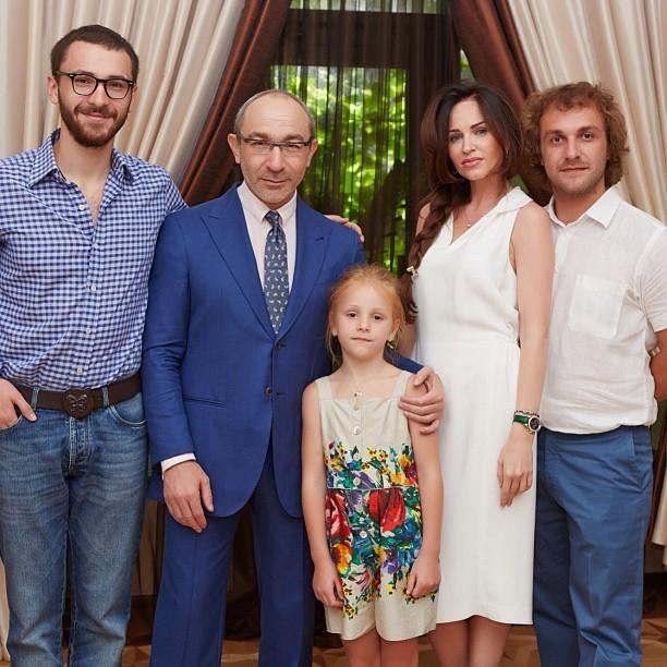 Кернес семья дети фото