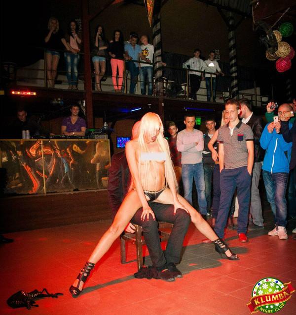 порно в ночном клубе ибица