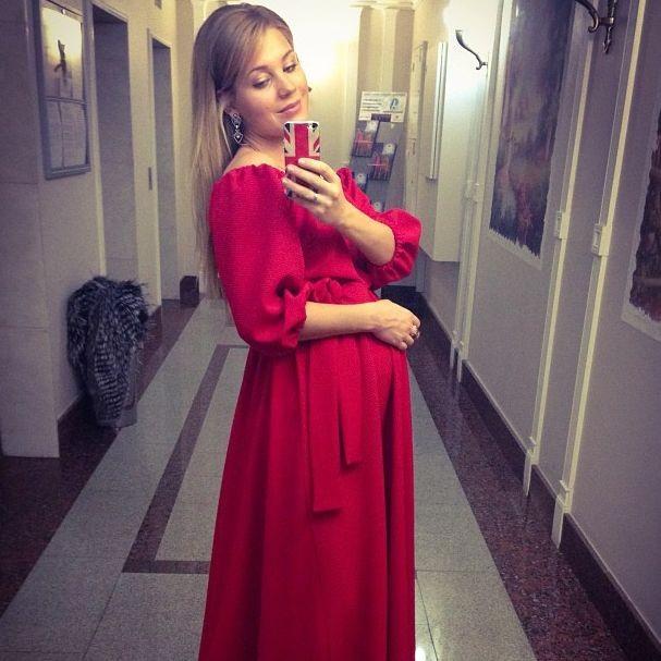 Кристина асмус беременна от кого