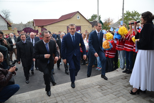 http://www.segodnya.ua/img/gallery/4682/75/503217_main.jpg