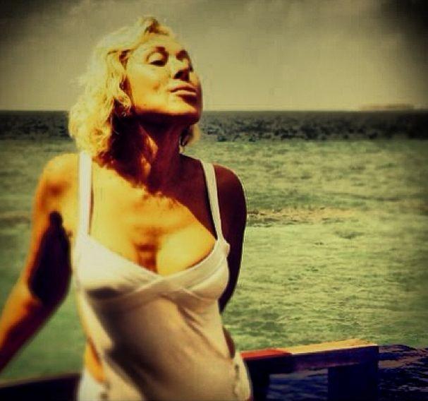 успенская любовь фото голая