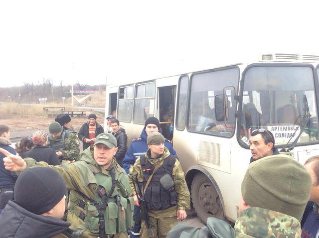 В районе Дебальцева и Углегорска создан гуманитарный коридор