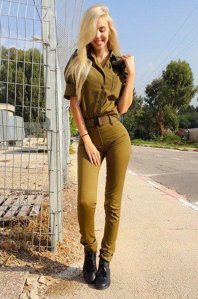 Блондинки в армии фото 44-440