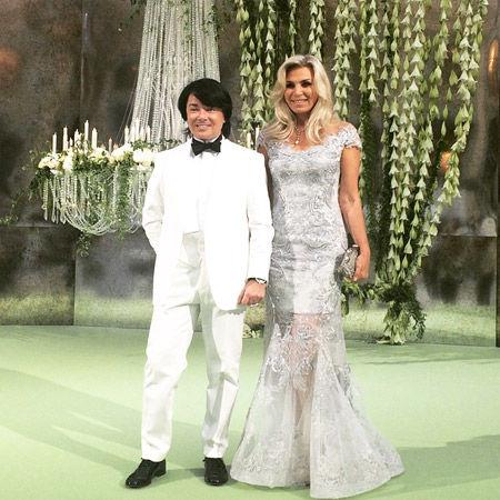 Платье на свадьбе дочери юдашкина