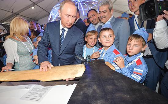 Россия при Путине больше зависит от нефти, чем СССР, - Bloomberg - Цензор.НЕТ 5465