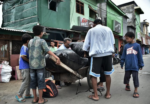 проститутки индонезии