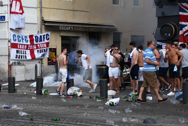 знакомства с футбольными фанатами в англии