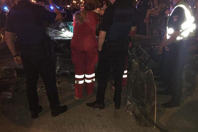 ВХарькове вДТП спогоней погибли 2 человека| дтп