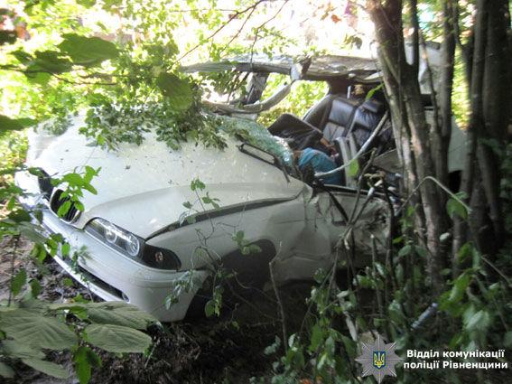 Отец сдочкой погибли вДТП вРовенской области