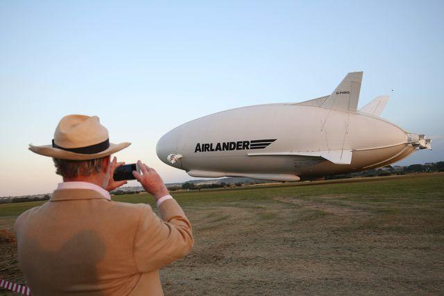 Самое огромное воздушное судно вмире испытали в Англии