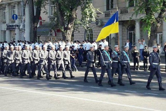 Украинские военные готовятся кпараду послучаю 25-летия независимости Молдовы