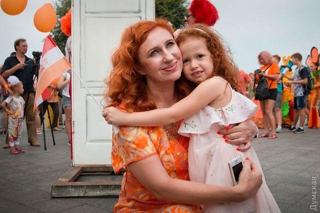 ВОдессе прошел «рыжий» фестиваль: красотки, клоуны ирок-концерт