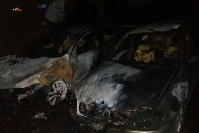 НаСалтовке ночью сгорело 5 авто