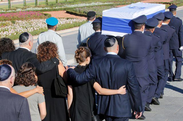 Президент Литвы едет напохороны Ш.Переса