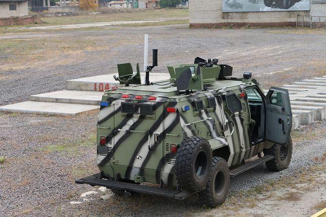 Видео сдемонстрацией нового украинского броневика разозлило путинцев