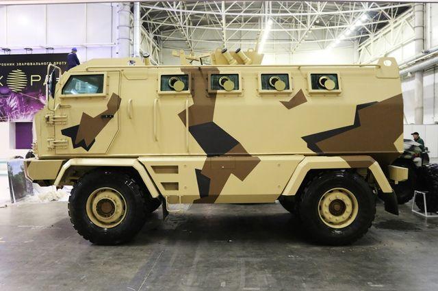 Вукраинской армии появится новый бронированный вездеход «Халк»