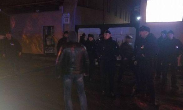 ВоЛьвове националисты устроили столкновение: появились фото ивидео