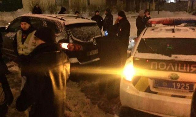 «Целился изпистолета вводителя мусоровоза»: вХарькове патрульные задержали подполковника милиции