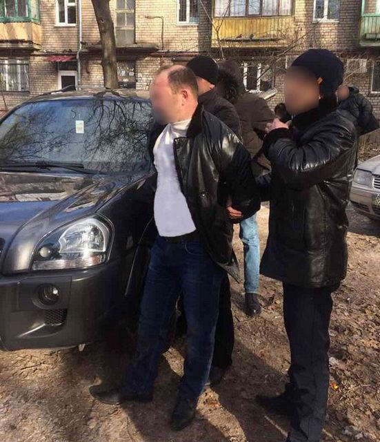 ВЗапорожье схвачен директор отдела внутренней безопасности милиции наполучении взятки