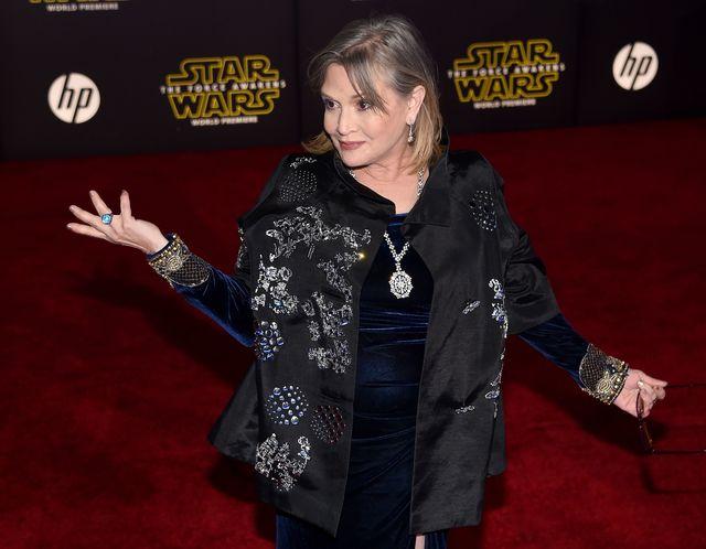 Мать исполнительницы Кэрри Фишер скончалась в клинике вслед задочерью