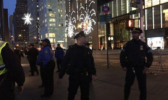 Избашни Трампа вНью-Йорке эвакуируют людей