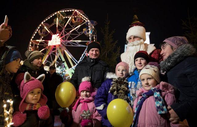 Власти Киева хотят связать пешеходным мостом Арку Дружбы народов иВладимирскую горку
