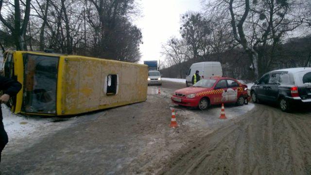 Из-за непогоды в 3-х областях ограничили движение фургонов