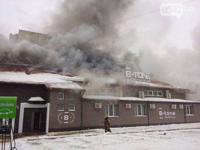 Масштабный пожар вспорт-клубе вСумах