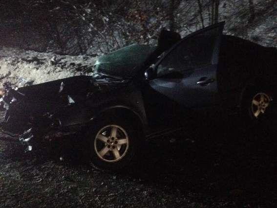 НаЗакарпатье авто влетело в грузовой автомобиль, трое погибших