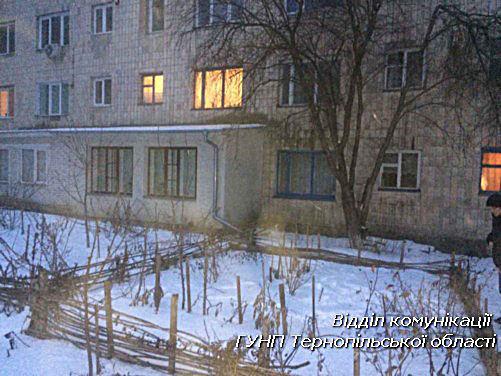 ВТернополе 18-летний парень обстрелял дом, маршрутку и10 авто