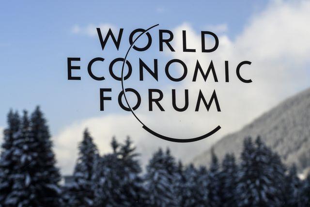 Руководителя ВТБ иСбербанка планируют принять участие воВсемирном экономическом пленуме