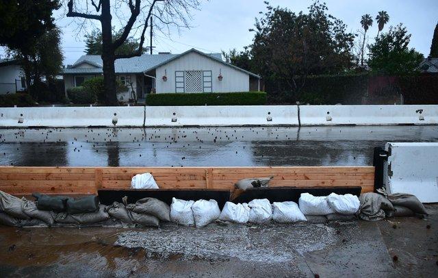 ВКалифорнии из-за шторма погибли 4 человека
