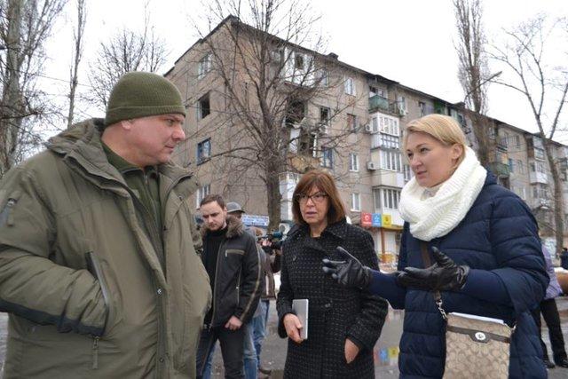 Евродепутат Хармс съездила вприфронтовую Авдеевку