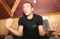 Тюрьма для иностранцев. Мамал говорит, что его подставили. И ждет милости Аллаха
