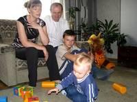 Семья Шевчуков. Несмотря на немолодой возраст, смельчаки решились завести ребенка