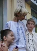 Дочь, внук и внучка Александра Мороза