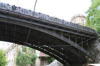 Мост. Имперский герб Одессы избежал бдительного ока большевиков, фото А. Лесик