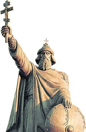 Памятник князю Владимиру в Белгороде: в России не отреклись от колонизатора из Киева, как мы от русских царей.