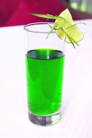 Напитки от жары: айран с яблоком и узвар с инжиром - Рестораны ...
