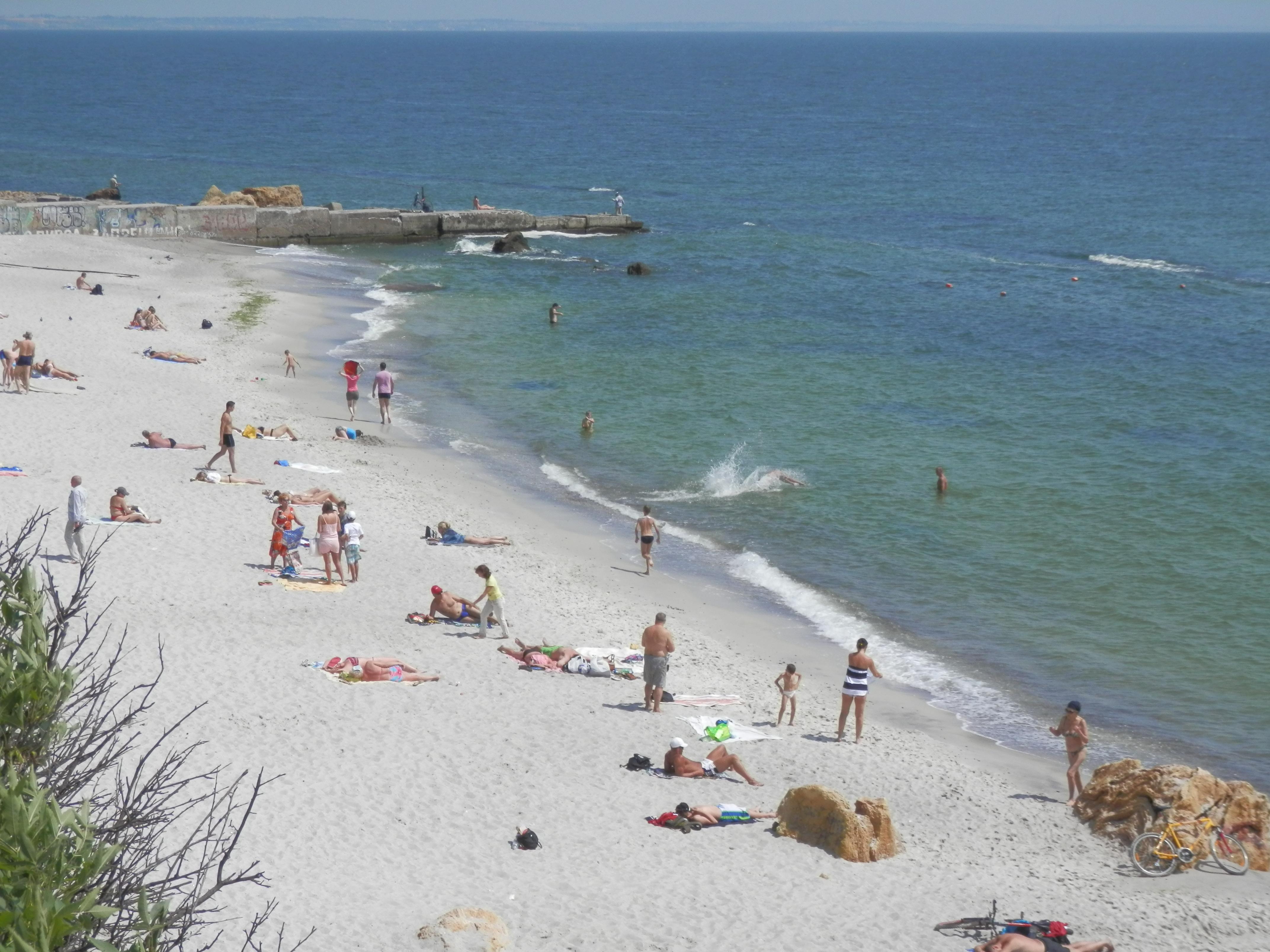 Тысяча гривен и морское побережье: где бюджетно отдохнуть?