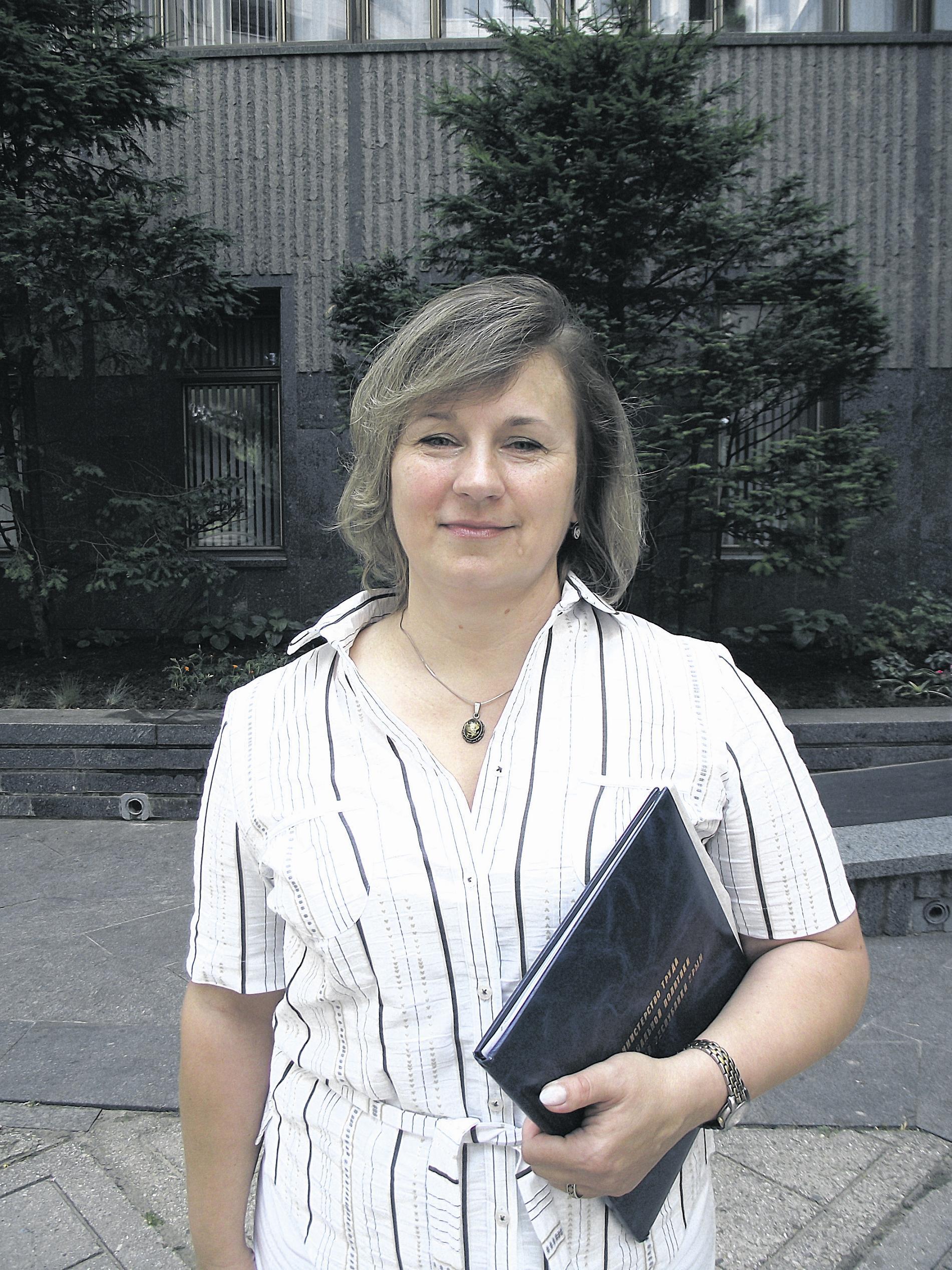 Клочкова в школе была прогульщицей, а Симонова получала двойки  по поведению фото 4