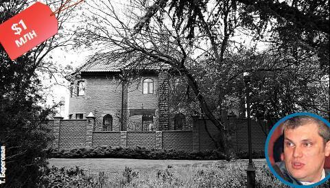 Джарты облюбовал элитную высотку, а Куницын обустроился в четырехэтажном особняке: журналисты разузнали, в каких хоромах живут крымские випы фото 6