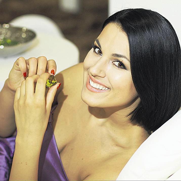Звезды Playboy, сексуальные певицы и актрисы: ТОП-10 крымских красоток фото 3