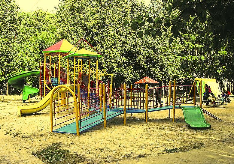 Глава республики Арсен Каноков поручил всем главам районов и городов решить вопрос сокращения очередей в детские сады.
