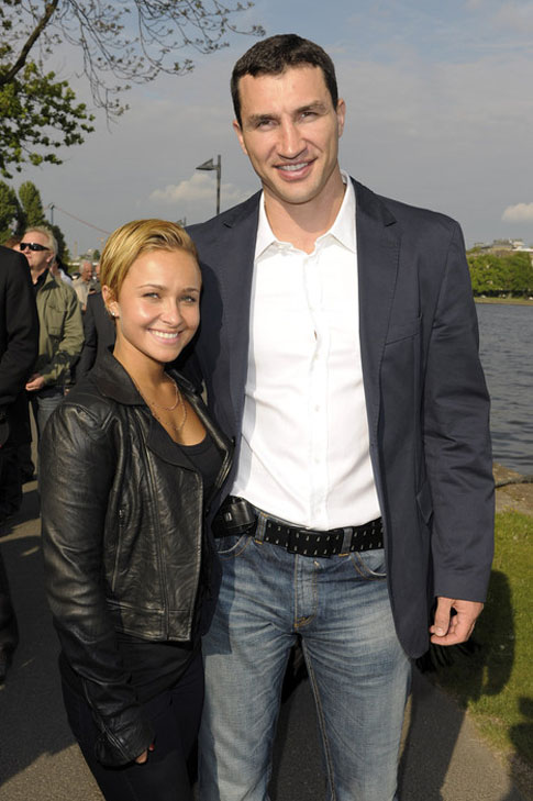 Hayden Panettiere Fans Ask How I Have Sex With My Much Taller Man.