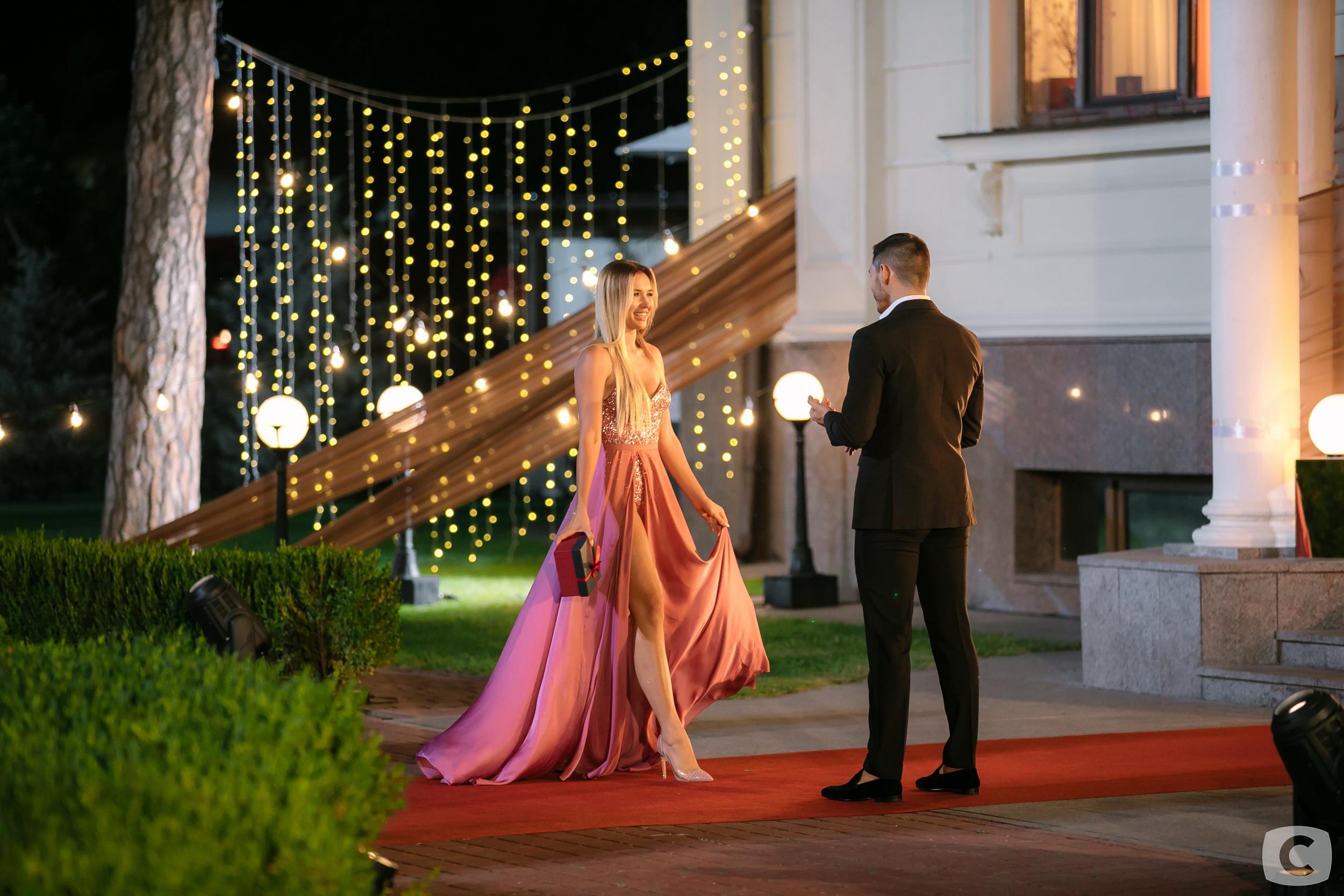 Bachelor Ukraine - Season 9 - Nikita Dobrynin - *Sleuthing Spoilers* - Page 6 5c814089dc582