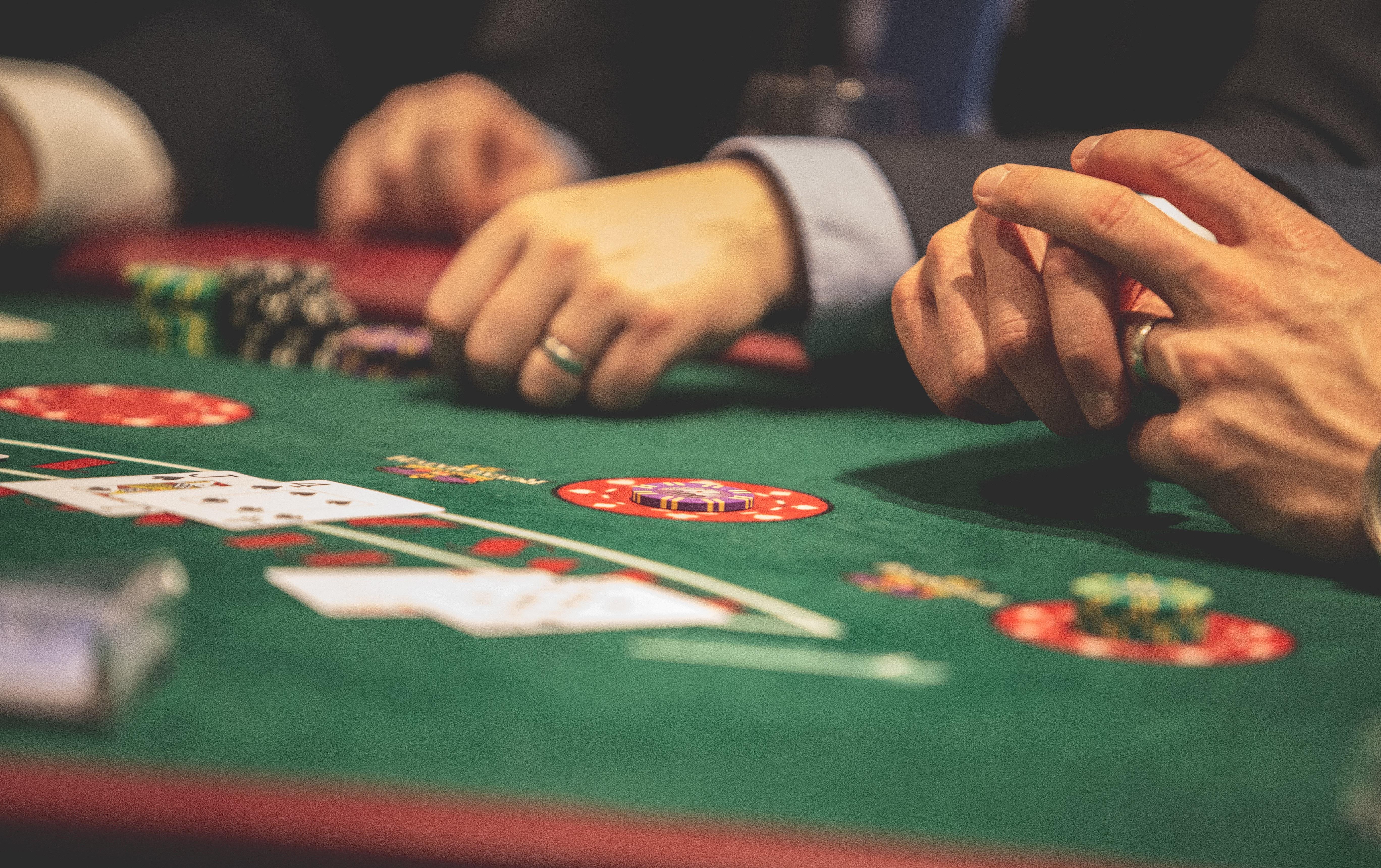 Церква азартні ігри